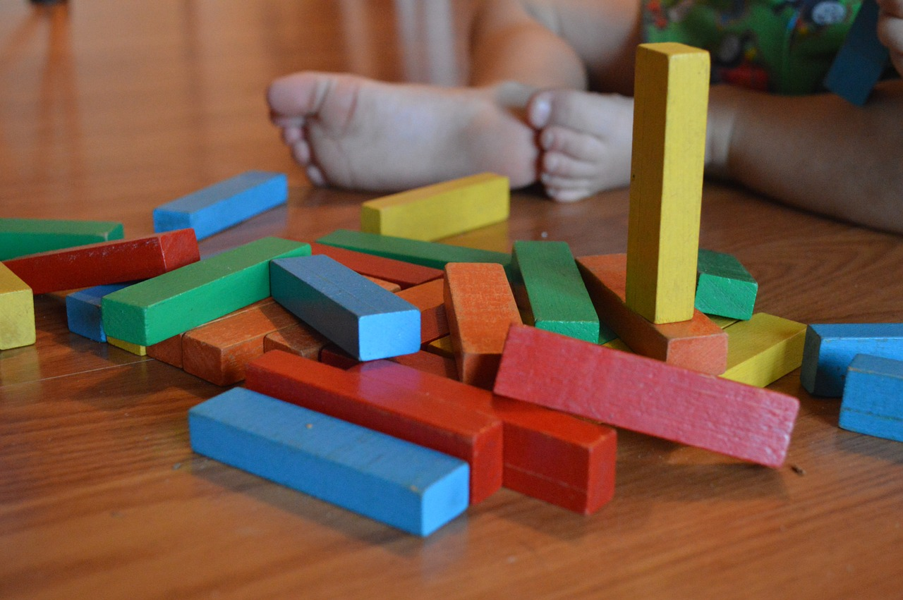 Montessori Material lernen Spielen